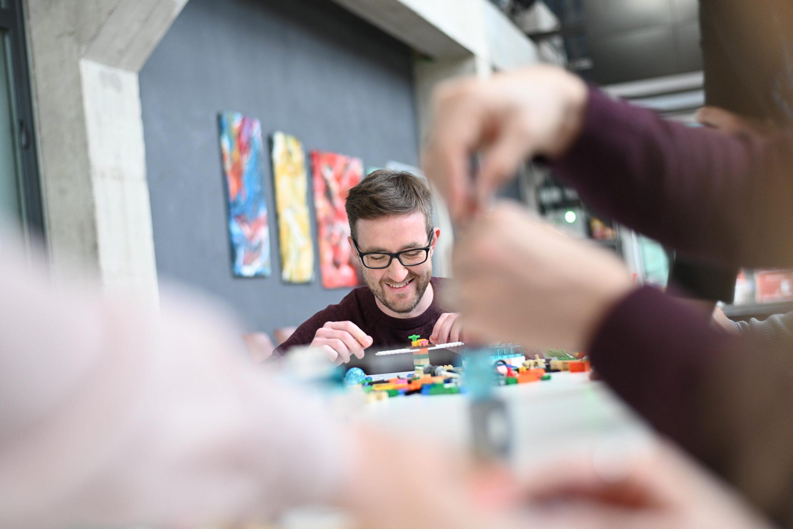 Spielerische Methoden zur Mitarbeiterbindung